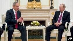 Netanyaxu va Vladimir Putin muzokaradan keyin qo'shma bayonot bermadi. Keyinroq Netanyaxu alohida qilgan chiqishida Suriyada Eronning va uning ittifoqchilarining askarlari qolmasligi kerak, degan.