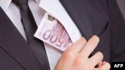 Правительства не ведут эффективной борьбы с коррупцией