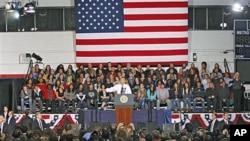 صدر اوباما ڈینور میں خطاب کرتے ہوئے