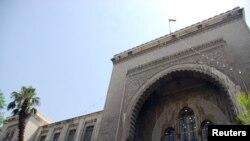Şam'da hedef alınan Adliye Binası'da ilk belirlemelere göre 25 kişi öldü.
