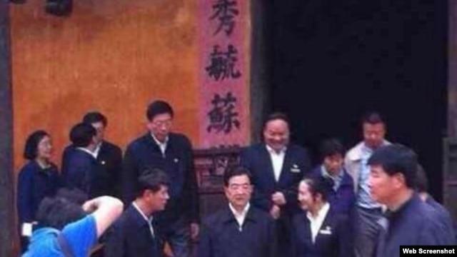 前总书记胡锦涛参访胡耀邦故居(网络图片)