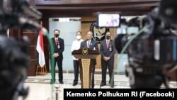 Menko Polhukam: Organisasi dan Orang-Orang di Papua yang Lakukan Kekerasan Masif Dikategorikan Teroris. (Foto: Facebook/Kemenko Polhukam RI)