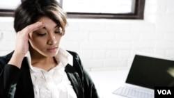 Penyebab sakit kepala terkait ketegangan, termasuk antara lain karena tekanan emosi dan depresi.