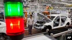 کارخانه خودروسازی در چین