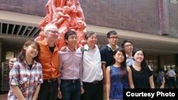 高志活与支联会主席李卓人、港大学生会及校方代表(香港支联会图片)