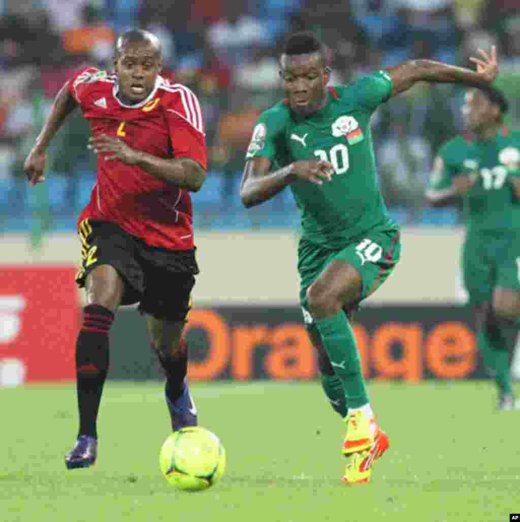 Angola - Burkina Faso, o primeiro jogo das Palancas Negras, no CAN 2012, no Estádio de Malabo, a 22 de Janeiro