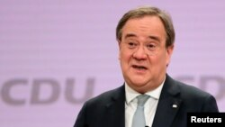 Pemimpin baru Partai Persatuan Demokrat Kristen (CDU) Jerman, Armin Laschet, berbicara secara daring usai pemilihannya, di Berlin, Jerman, Sabtu, 16 Januari 2021. (Foto: Reuters)