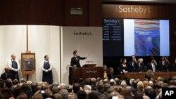 Suasana di balai lelang Sotheby's. (Foto: Dok)