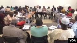 L'atelier national des indicateurs des télécommunications à N'Djamena au Tchad. (VOA/ André Kodmadjingar)