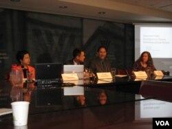 威尔逊中心中国环保司法问题研讨会主席台(美国之音 申华拍摄)