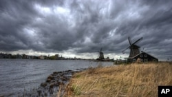 The Dutch did not invent windmills, but they put them to good use, powering industrial machinery and, especially, draining low-lying fields.