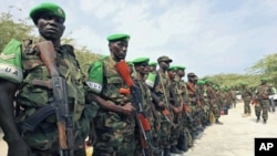 Des soldats ougandais de la Force africaine à Mogadiscio