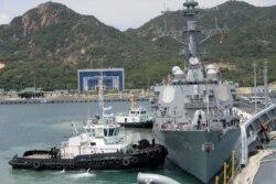 Việt Nam nói không với căn cứ quân sự nước ngoài