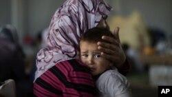 시리아 정부군과 반군 간의 계속되는 교전으로 아동 인권이 침해되고있다. 지난 5일 시리아 난민캠프의 어린이.(자료사진)