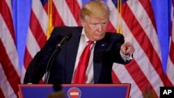 El presidente electo durante una conferencia de prensa en Nueva York.