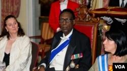 Une photographie du roi Kigeli V, dernier roi du pays.