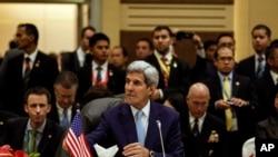 Američki državni sekretar Džon Keri na sastanku ASEAN-a u Kuala Lumpuru u Maleziji, 6. avgusta 2015.