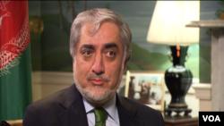 عبدالله گفت که به نهادهای امنیتی دستور داده شده که امنیت خبرنگاران تامین شود