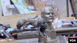 منع نمایش نمادهای کمونیسم در برخی کشورهای سابقاً کمونیست