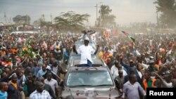 Raila Odinga, umukuru w'abatavugarumwe n'ubutegetsi mu myiyerekano i Nairobi, Kenya,