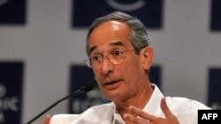 Tổng thống Guatemala, ông Álvaro Colom Caballeros