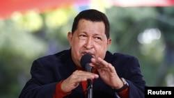 Hugo Chávez en rueda de prensa en Caracas.