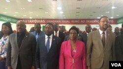 Isaías Samakuva e outros dirigentes da UNITA