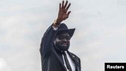 Le président sud-soudanais Salva Kiir à l'aéroport de Juba, le 20 juin 2018.