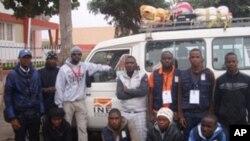 Pornto para a montanha. Brigadistas do censo populacional no Namibe