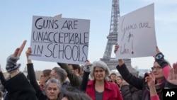 «راهپیمایی برای جانمان» در پاریس