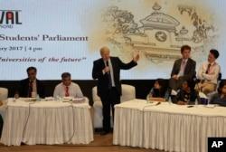 British Foreign Secretary Boris Johnson speaks during the International University Students' Parliament debate at Presidency University in Kolkata, India, Jan. 19, 2017.