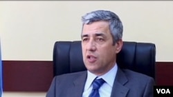 Oliver Ivanović (arhivski snimak)