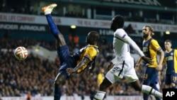 Photo d'archives: Europa League Groupe C entre Totteham Hotspur et Asteras Tripolis à White Hart Lane Stadium à Londres, le jeudi 23 octobre, 2014. (AP Photo / Kirsty Wigglesworth)