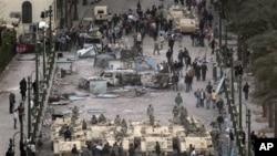 مصر ی احتجاجی جلوس، خطے کا ملا جلا ردِ عمل