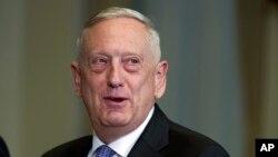 د امریکا د دفاع وزیر جیم مټیس