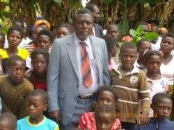 """""""Pai grande"""" do Namibe aumenta número de filhos para 167 - 1:42"""