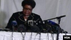 Unkosikazi Joice Mujuru ekhuluma lentathelizindaba eHarare