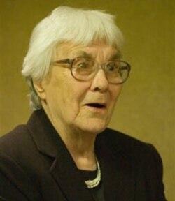 Harper Lee in a rare public appearance in 2007
