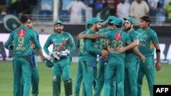 پاکستان کرکٹ ٹیم نیوزی لینڈ کو تیسرے ٹی ٹوئنٹی میچ میں شکست دینے کے بعد