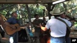 Jam sessioni bluegrassa na Floridi, tradicija duga više od dva desetljeća