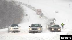 Zavejani autoput u Kanzasu