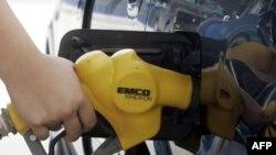 Çmimet e larta të karburantit krijojnë probleme për konsumatorët