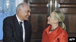 Мохаммед Камель Амр и Хиллари Клинтон
