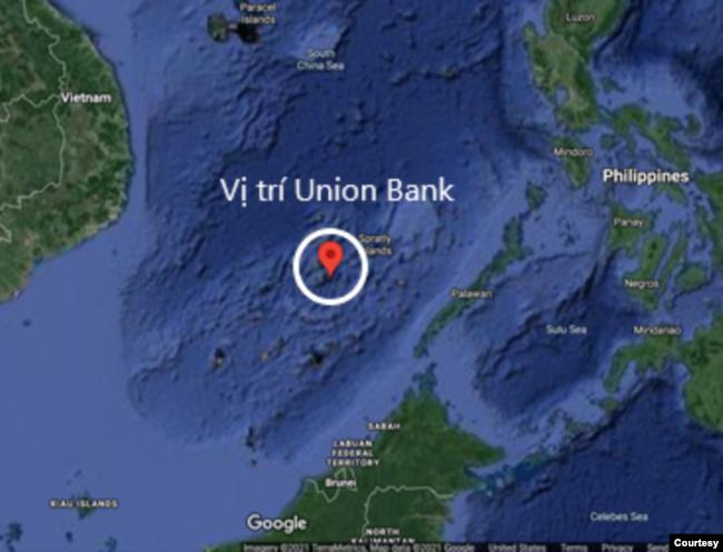 Vị trí của cụm Sinh Tồn (Union Bank), nơi có bãi Ba Đầu. Ảnh Google map, chú thích và minh họa của tác giả.