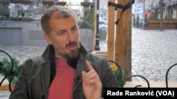 Novinar Dejan Kožul (Foto: VOA)