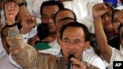 Menteri Agama Suryadharma Ali saat berpidato dalam pengumuman pencalonan kandidat presiden Prabowo Subianto (19/5). (AP/Tatan Syuflana)
