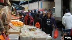 700 тысяч иммигрантов из Азии живут в Манхэттене без прописки или регистрации
