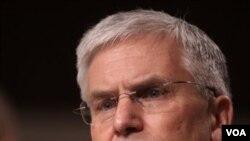 Jenderal George Casey, panglima pasukan AS di Irak 2004-2007.