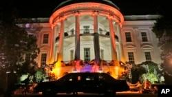 Белый дом, 30 октября, 2013г.
