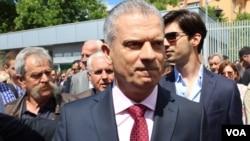 Fahrudin Radončić napušta Sud BiH nakon oslobađajuće prvostepene presude, maj 2018.